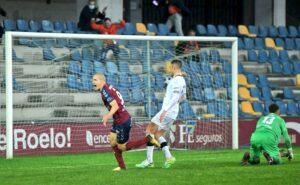 O Pontevedra demostra ter Plan B dominando ao Salamanca CF (2-0)