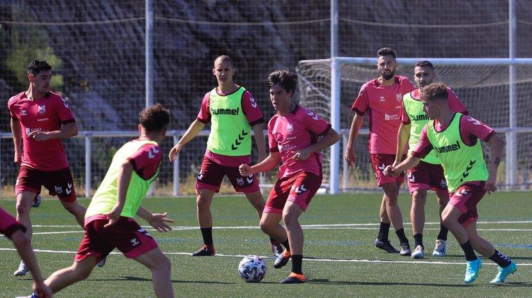 Iñaki Miguel Roman y Pablo Lopez sub 23 con el Pontevedra CF